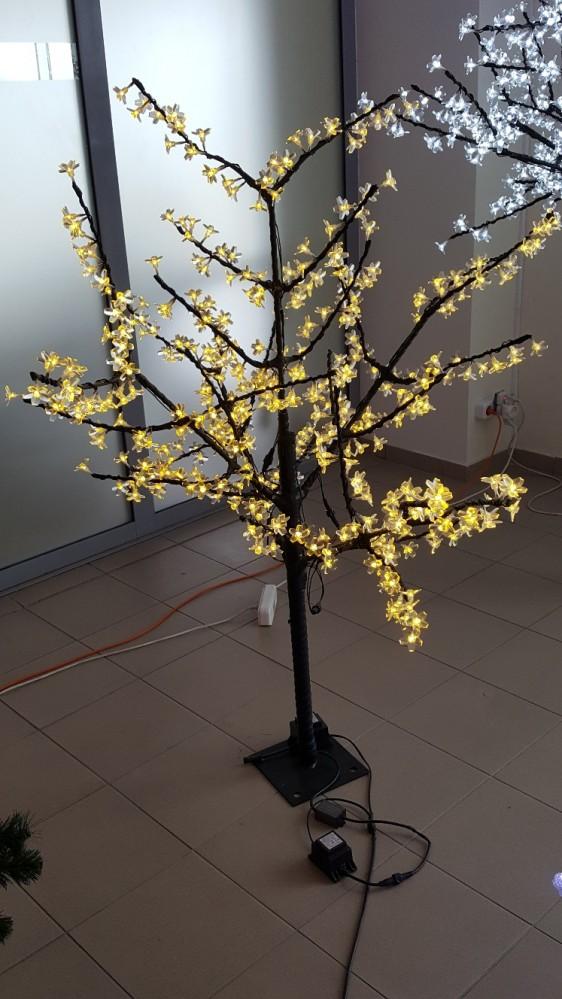 Šviečiantis medis Sakura 1,5m